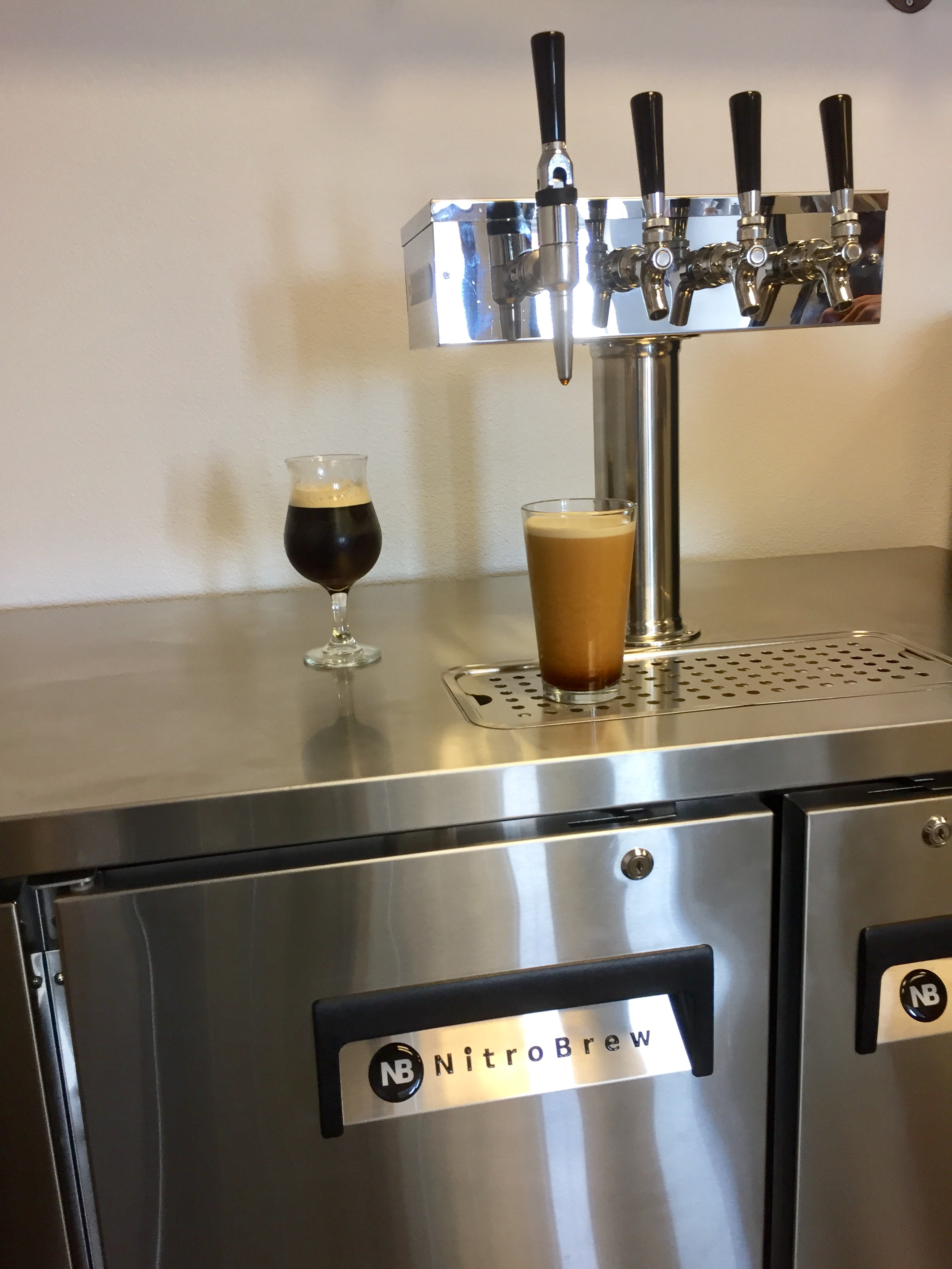 Beer tap systems for home - As With Quantiperm S Our Parent Company Xflowco2 Commercial Carbonation And Nitrogenation Systems The Nitrobrew Infusion System Is Robust Reliable And