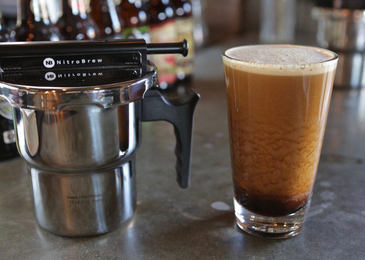 Nitro-Brew-Coffee-by-NitroBrew-Home-Kit